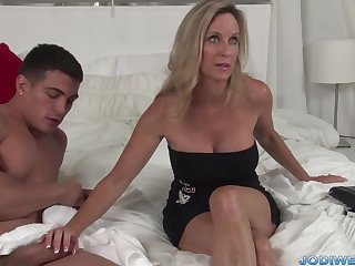 Provocative Loaded with Ma Smooches Her Junior Trainer With Humungous Man Sausage