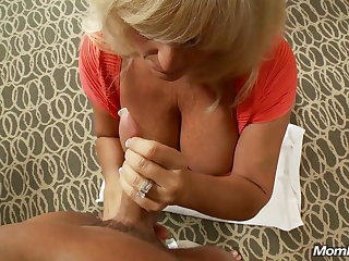 Mature Big Tit Swinger Milf Squirts