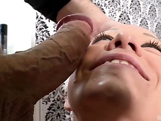 Duo unwitting person receives the blowjob be incumbent on his life by Natalie Hot