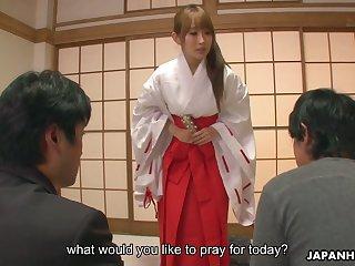Japanese geisha Yui Misaki does everything her clientele desire