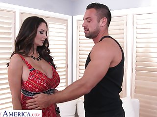 Mouth watering milf forth big tits Ava Addams is fucked by hot scrounger Johnny Castle