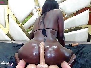 healthy oiled black Morgan handjob and twerking